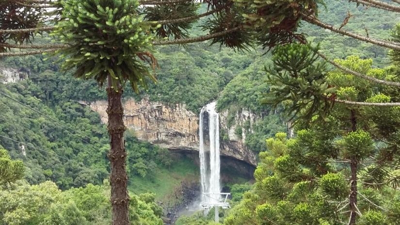 viagem_com_trigemeos_cachoeira-do-caracol-2