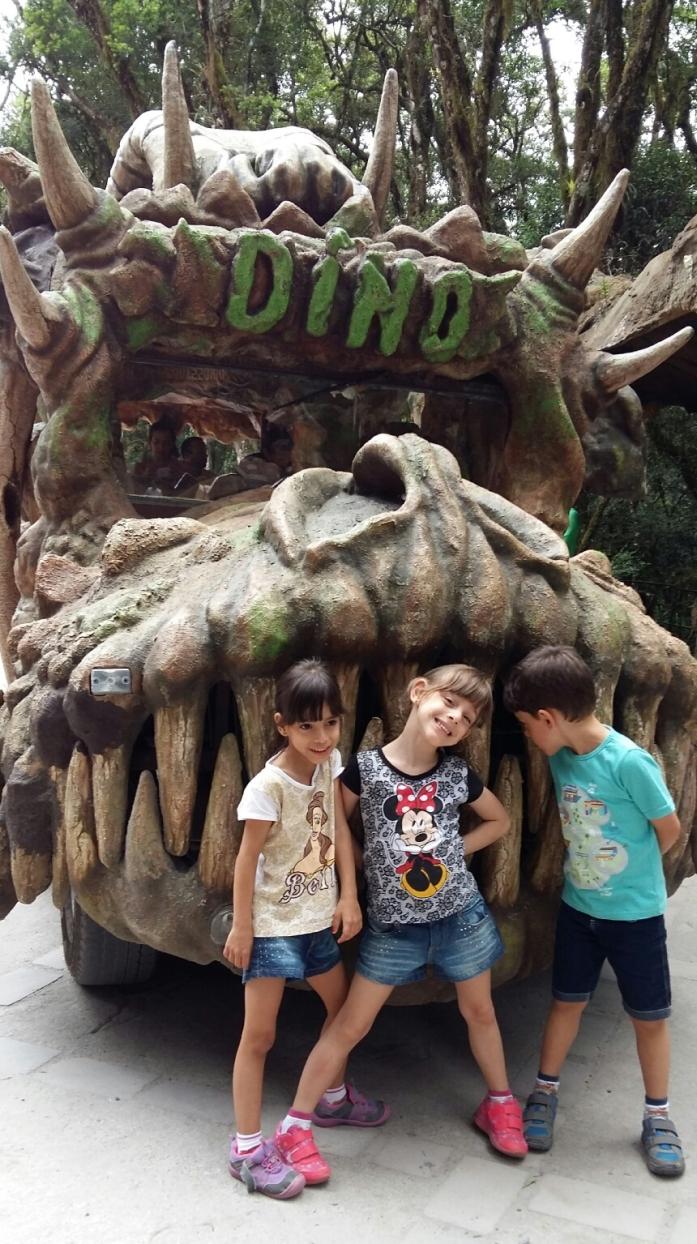 viagem_com_trigemeos_florybal-dinomovel_canela