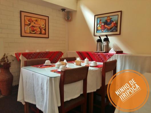 hotel_lima_com_trigemeos_desayuno