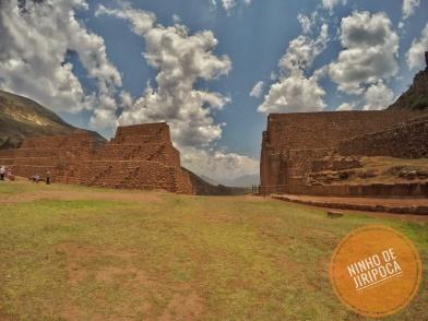 Portada Rumicolca em Cusco