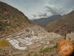 Vista das Salineras de Maras no Peru