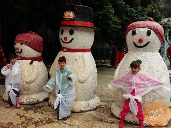 Aldeia do Papai Noel em Gramado com crianças